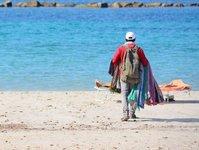zakupy, podróbki, kary, mandat, turysta, plaża, włochy