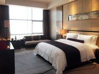 hotel, inwestycja, warszawa, walter herz, biznes