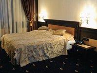 hotel, wyróżnienie,  HolidayCheck Award 2014, Hilton Warsaw Hotel, Sofitel Warsaw Victoria, Primavera Conference & SPA