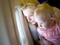 podróż, dziecko, samolot,biuro podróży, linia lotnicza, lot, bagaż podręczny, pasażer