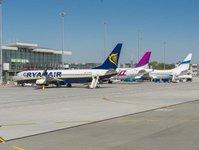 ryanair, połączenie lotnicze, lotnisko, port lotniczy, przewoźnik lotniczy, kierunek