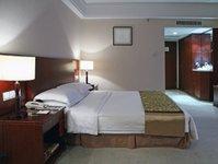 hotele.pl, barometr hotelowy, klient biznesowy, pokojonoc, liczba rezerwacji, kraków