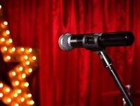 hotel, występ, kabaret, holiday inn, piotr bałttroczyk, sprzedaż
