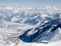 alpy, opady śniegu, paraliż, zagrożenie lawinowe, nieprzejezdne drogi,