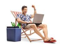 turyści, internet, momondo, social media, facebook
