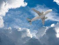 LOT, nowe samoloty na rejsach krajowych, loty krajowe, samolot Q 400 Bombardier, Eurolot, Eurolotu, flota, samoloty, młoda, najmłodsza, wyniki finansowe