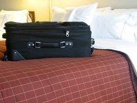 badanie gości hotelowych, goście hotelowi, klienci hotelu, pokój w hotelu, HRS, instytut badań rynkowych, badanie, analiza, eResult, goście podróżujący, wynajęty pokój, bagaże, wynajęcie pokoju, zawartość torby podróżnej, pobyt w hotelu, wynik badania, osoby podróżujace słuzbowo, podróż służbowa, podróż prywatna, Arbeitsgemeinschaft Online Forschung, Niemcy, schludność