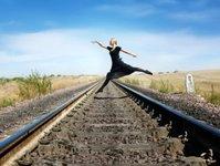 PKP PLK, linie kolejowe, przewoźnik kolejowy, zarządca infrastruktury, wyłącznie torów z eksploatacji, remont torów, tory kolejowe, pociągi, optymalizacja sieci linii kolejowych, pracownicy PKP PLK, Górny Śląsk, optymalizacja zatrudnienia, oszczędności w PKP PLK, związki zawodowe PKP PLK