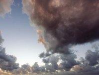 Kamczatka, wulkan, wybuch wulkanu, Islandia, paraliż lotnictwa, chmury dymu, chmury popiołu, kwiecień 2010, europejskie lotniska, ruch lotniczy, erupcja wulkanu, na półwyspie, na Kamczatce, kod zagrożenia, samoloty, drobiny popiołu, zagrożenie dla samolotów