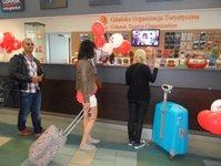 informacja lotniskowa, port lotniczy, Gdańsk-Rębiechowo, Lech Wałęsa, Gdańska Organizacja Turystyczna, dział promocji, Lucyna Augustyn, dzień dziecka, karta turysty