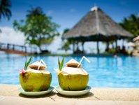 last minute, first minute, traveldata, raport, sprzedaż, biura podróży, ceny, impreza turystyczna
