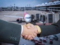 ryanair, kupuje, udziały, niki, linie lotnicze, austriackie, upadłość,