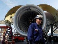 lufthansa, silnik samolotowy, mechanik, naprawa