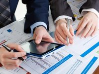 navaturas, wchodzi, giełda papierów wartościowych, akcje, nasdag, warszawa, wilno, oferta publiczna,