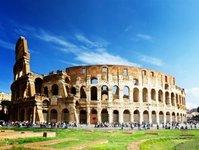 Rzym, Koloseum, zabytek, wandal, turystyka
