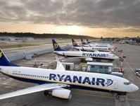 linie lotnicze, ryanair, przewoźnik lotniczy, lotnisko, trasa,