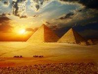 Egipt, turystyka, piramida, mumia, odwiedzający