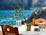 Grecja, kyriakos mitsokatis, ograniczenia, zakaz przemieszczania się, turystyka