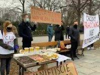 protest, kancelaria premiera, hotel, warmia, mazury